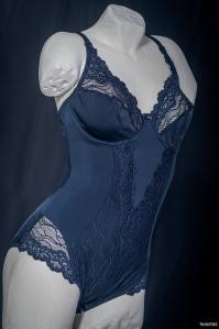 still-life lingerie, Body blu notte